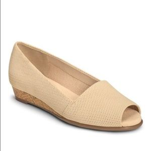 A2 BY AEROSOLES | Castanet Peep Toe Cork Wedge 8